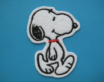 Iron-on Embroidered Patch Snoopy 2.75 inch