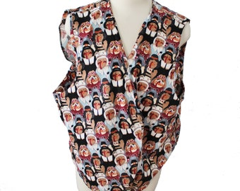 Vintage 80s Thanksgiving Vest - Women One Size - Busy Turkeys Dresses as Pilgrims, handmade