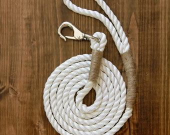 Water Dog Nautical Leash // coastal inspired, boating, surf style, eco, handmade, natural materials