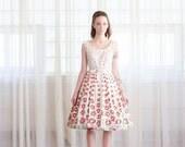 30% OFF SALE - Vintage 1950s Floral Dress - 50s Fit & Flare Dress - Digital Rose Dress