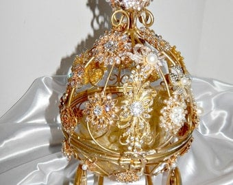 Cinderella  shower  Centerpiece gold carriage  for weddings, showers birthdays, match brooch bouquets ,