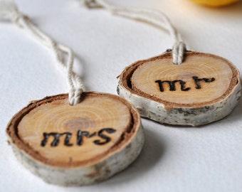 Wedding Wine Charm • Mr and Mrs Wine Charm