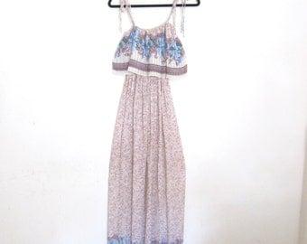 1970s Maxi Dress Floral Gauze Empire Waist Dress Ladies Size S/M