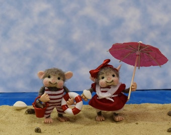Needle Felted Old Fashioned Bathing Suit Mice!.............Free Shipping In The U.S.