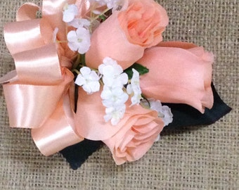 New Artificial Bellini Rose Bud Corsage, Peach Rose Mother's Corsage, Peach Corsage, Bellini Wedding Flowers