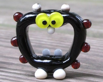 Black and Amber Screaming Alien Lampwork Glass Handmade SRA Artisan Bead NLC Beads leteam