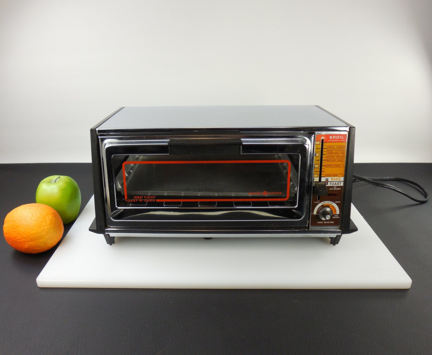 General Electric Toaster Oven ~ S ge general electric toast r oven n broil