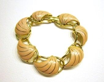 Vintage Trifari Bracelet Scallop Shell Bracelet Peach Salmon Enamel Link Bracelet Gold Designer Signed Bracelet