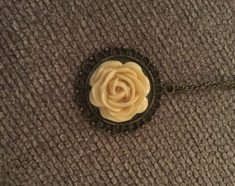 Antique rose 16 inch necklace