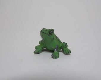 Tiny Metal Spotted Green Tree Frog Miniature for Terrarium or Collection