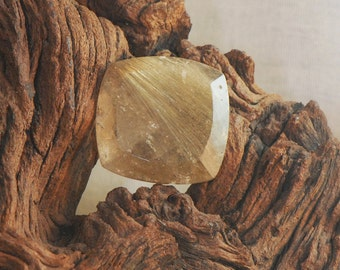 Gold Rutilated Quartz square cushion faceted gemstone 36 cts