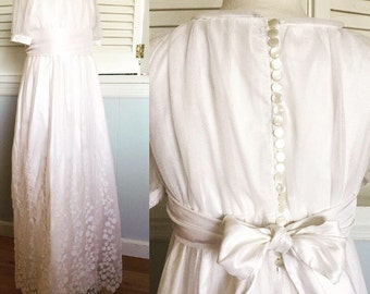 Fine French Lace over Shantung Silk long First Communion or Flower Girl Dress with short sleeves size 8 MB10040