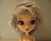 Light grey grayfluffy shaggy faux fur wig for Pullip / Taeyang