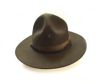 Vintage US Army Military Felt Doughboy Uniform Campaign Hat with Leather Chin Strap