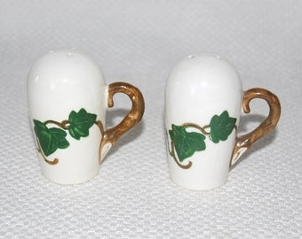 "Vintage Metlox Poppytrail ""California Ivy"" Salt and Pepper Shakers Beautiful Hand Painted Green Ivy and Brown Vine Designs circa 1946-1986"
