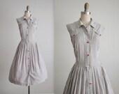 50's Shirtwaist Dress // Vintage 1950's Striped Broadcloth Cotton Full Casual Shirtwaist Dress L