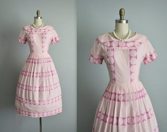 STOREWIDE SALE 50's Day Dress // Vintage 1950's Pink Embroidered Cotton Full Pleated Summer Dress M