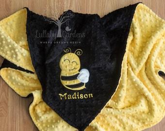 Bee Personalized Minky Baby Blanket, Personalized Baby Gift, Bee Appliqued Minky Baby Blanket, Bee Nursery, Bee Baby Blanket