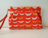 Retro pouch with inside pocket - Crescent in Orange