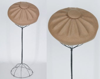 Vintage 60s Hat / 1960s Tan Molded Wool Felt Pillbox Button Tam
