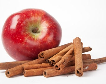 CINNAMOM APPLE Scent~~Earth-friendly Clothing,Fabric,Rug,Linen and Room Refresher~Fantastic on Linens and bedding~Gallon Jug Size