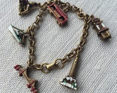 Vintage 50s Coro Gold Tone Metal San Francisco California Souvenir Charm Bracelet