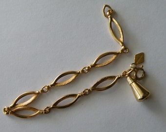 Sarah Coventry gold plated chain bracelet