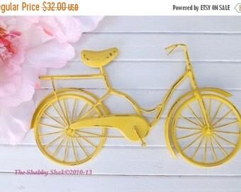 Bicycle Wall Art / Yellow Wall Decor / Metal Bicycle / Metal Wall Decor / Shabby Chic Decor / Shabby Chic Decor