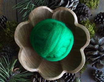 Roving for needle felting, Kelly Green, 1/2 ounce or 1 ounce, wool feltmaking supply, bright green roving for DIY needle felting projects