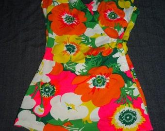 Bright Floral Print  Vintage 1960's Women's Robby Len Bathing Suit Swimsuit S M
