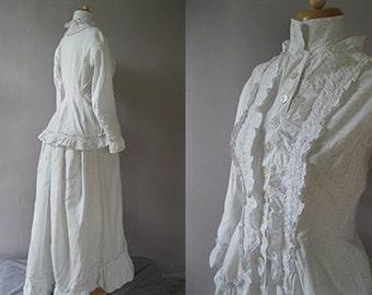Antique Bustle Dress - Victorian 1800s Wrapper- Cotton print Morning dress - Museum QualityXS