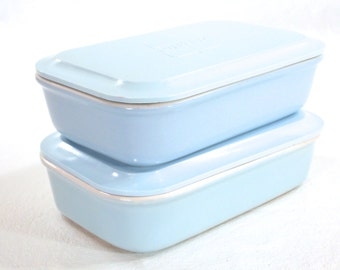 Hall, United Airlines First Class Serving Casserole Pottery Dishes with Melamine/Melmac lids, light Blue with White, circa 1950s