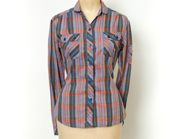 Vintage 80s fashion / Vintage 70's plaid button down / blue / lightweight / long sleeved /button down / plaid