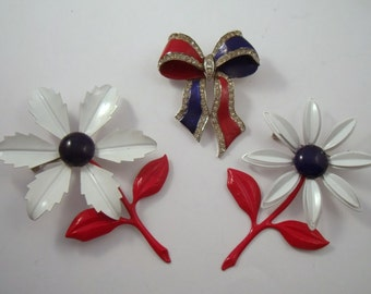 Vintage brooch lot, red white and blue enamel flower brooch, bow brooch