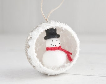 Snowman Christmas Ornament - Retro Diorama Decoration