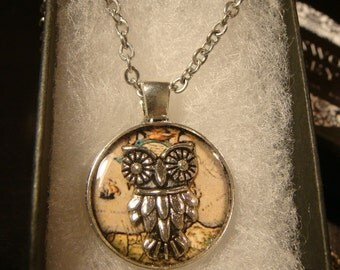 Small Silver Owl Vintage Map  Pendant Necklace (2092)