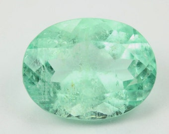 Good Transparency 12.83 Cts Loose Natural Colombian Emerald Oval Brilliant Cut