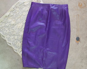 1980s . royal purple BUTTER SOFT leather pencil skirt . size L