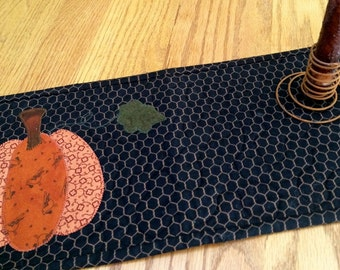 Mini Seasonal Quilt/ Appliqued Pumpkin - MW