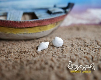 White Sea Shells Earrings