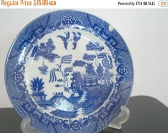 Vintage Classic Blue Willow Plate Made in Japan Home Decor New Orleans Vintage Shop Holiday Retro Vintage
