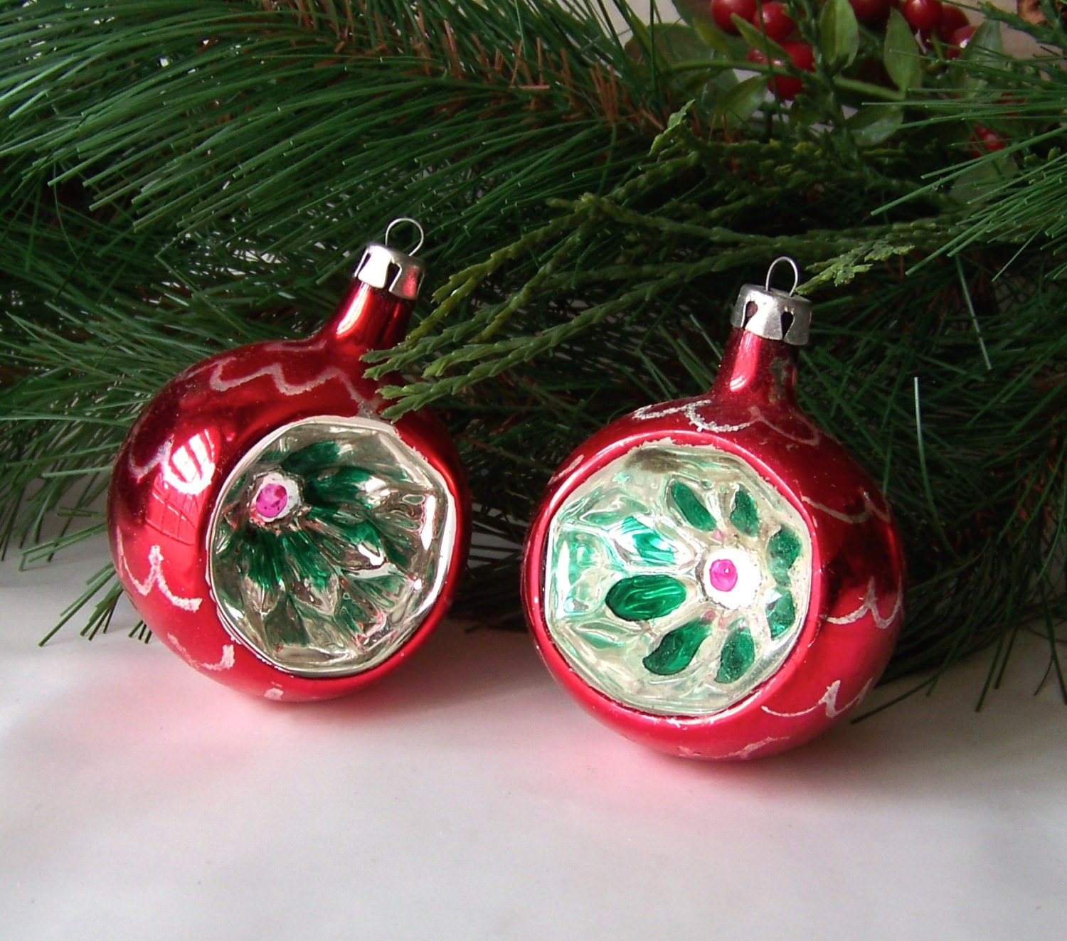 Vintage glass christmas ornaments glass ribbed reflector Vintage glass christmas tree ornaments