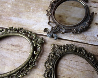 Three Vintage Ornate Picture Frames - Small Gold Frames - Italy