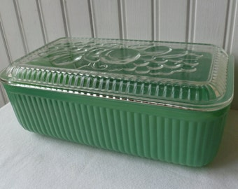 Refrigerator Dish & Lid, Large. Jadeite Green, Fired On. Vintage 1940s. Federal Glass. Fruit Lid. Cottage Kitchen Decor. Storage Container.