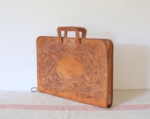 Vintage tan leather tooled boho bag laptop carrier case tote 70s