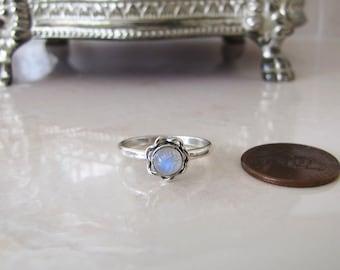 Little flower rainbow moonstone Sterling Silver Ring, size 6.25