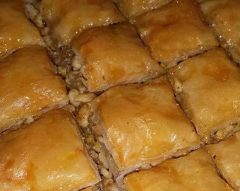 Baklava ~ 18 pieces