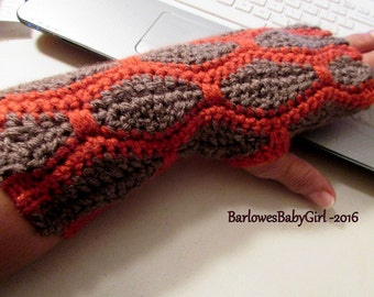 NEW - Crochet Snakeskin Textured Woman's Fingerless Gloves in Rust and Heather Brown