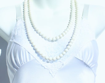 Vintage Opaque White Lucite Beaded Extra Long Flapper Rope Length Traditional Preppy Simple Classic Necklace with Goldtone Box Clasp