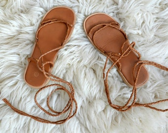 Flat Strappy Lace Up Sandals // Caramel Leather Beach Summer Shoes // Size US 6 1/2 EU 37